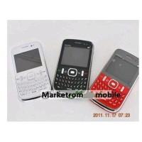 Telefon s9700 cu 4 SIM-uri si 2 carduri de memorie