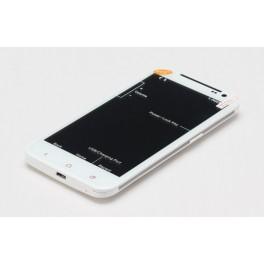 Telefon Android cu 3 SIM card