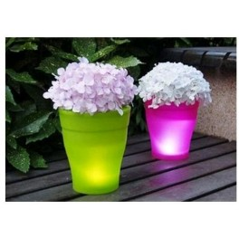 Ghiveci de flori luminos colorat