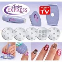 Kit pentru decorarea unghiilor prin stampilare